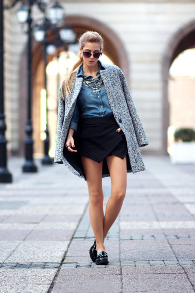 Stylish Denim Shirt Outfit Idea for Fall