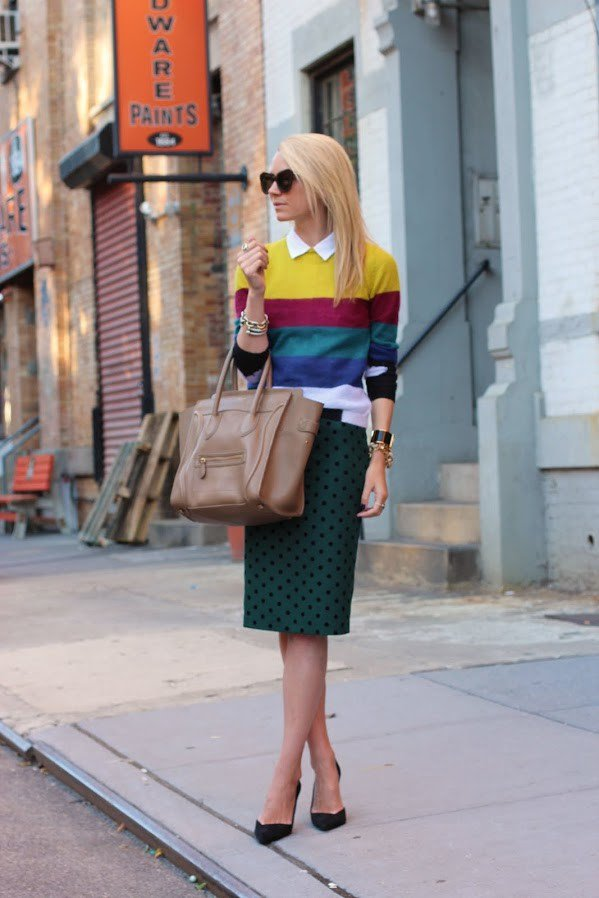 Stylish Midi Skirt Outfit Idea for Women