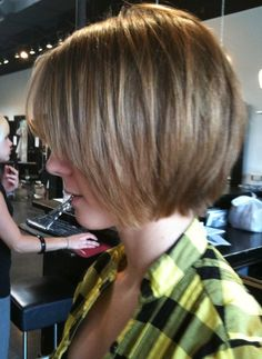 Stylish Shaggy Bob Haircut
