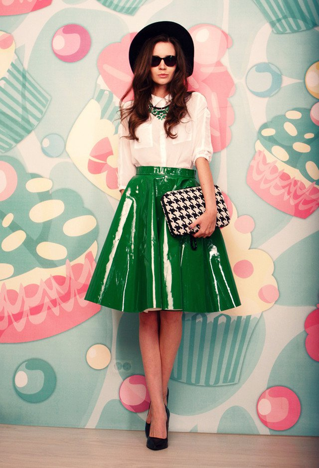 Stylish Vintage Outfit Idea for Women