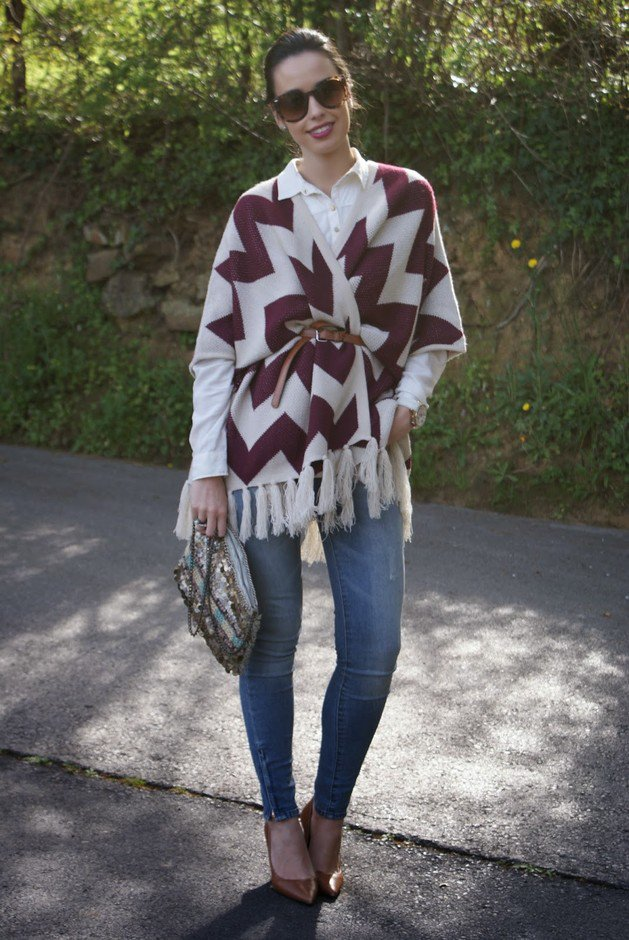 Stylish Way to Wear a Printed Poncho