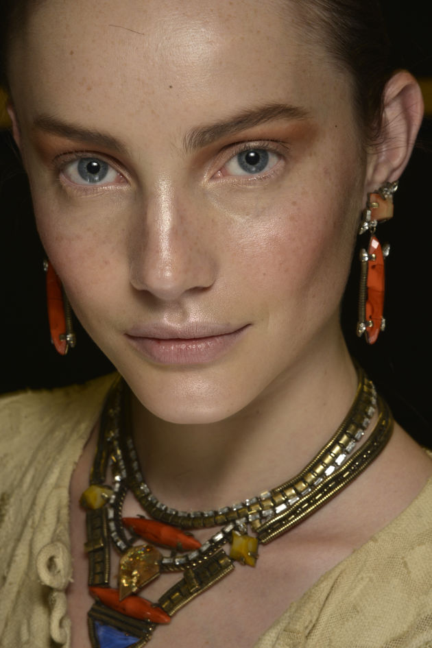 The Dramatic Blue and Bronze Lids at Dannijo Spring 2015
