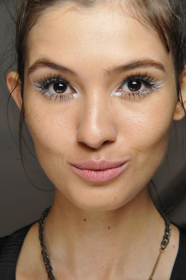 Latest eye makeup trends