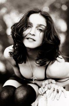 Fantastic 10 Great Madonna Hairstyles Pretty Designs Hairstyles For Women Draintrainus