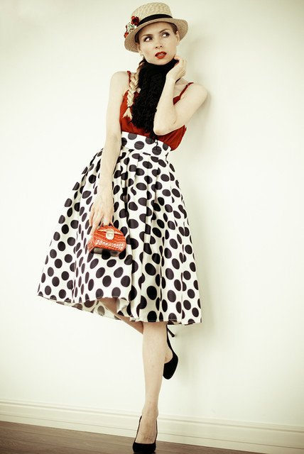 Vintage Outfit Idea with Polka Dot Skirt
