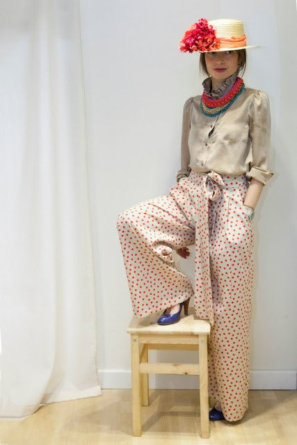 Vintage Outfit Idea with Polka Pants