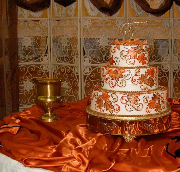 Wedding Cake with Stylish Patterns