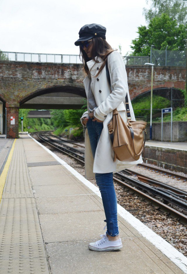 White Trench Coat Outfit Idea with Sneakers