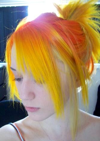 12 Interesting Yellow Hairstyles Pretty Designs