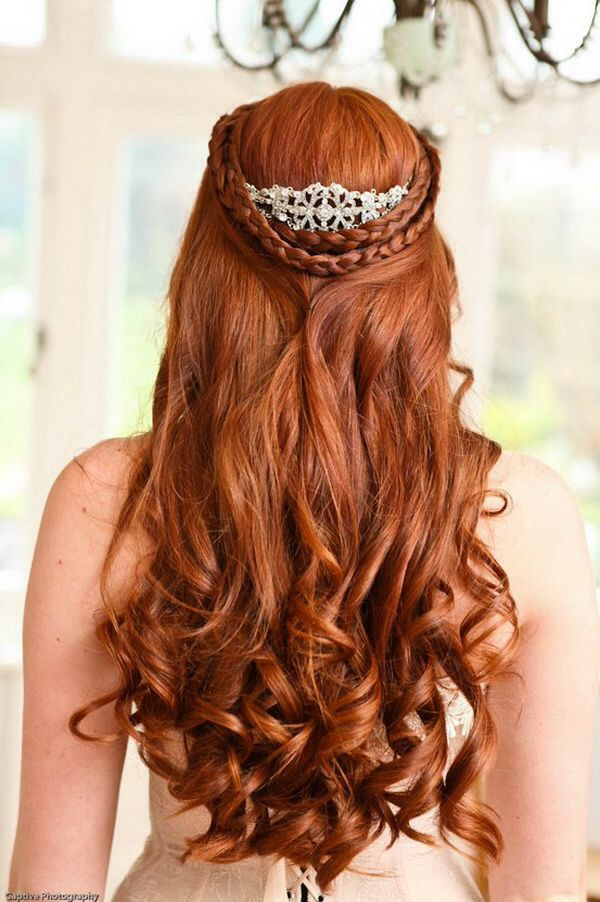 Amazing Half Up Curly Wedding Hairstyle