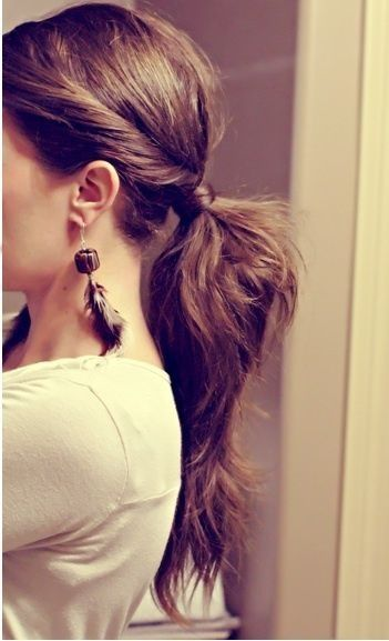 Beautiful Ponytail Hairstyle for Women
