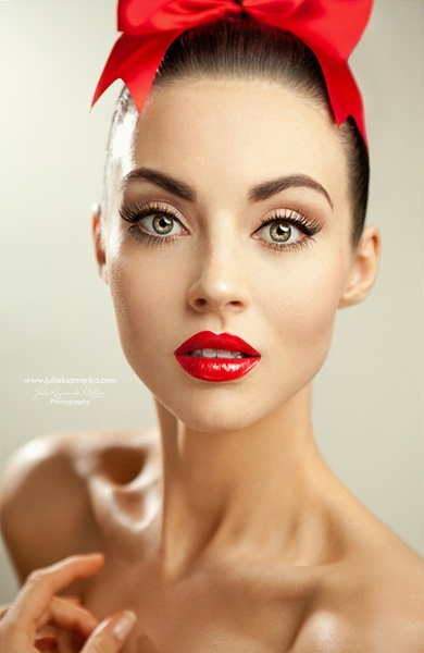 Beautiful Red Lip Makeup Look