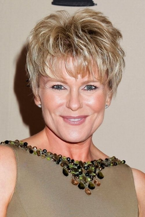Short Hairstyle for Women Over 50/Pinterest