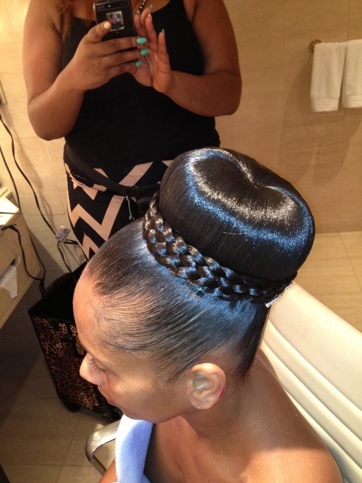13 Hottest Black Updo Hairstyles - Pretty Designs