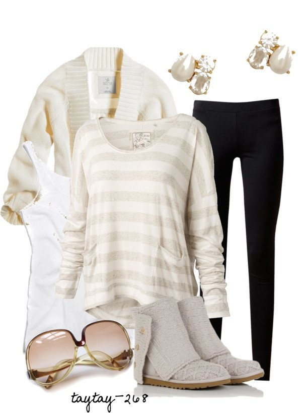 Black and White Outfit Idea with Leggings