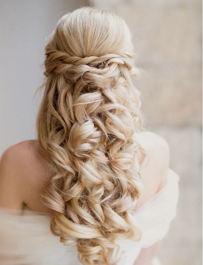 Fantastic 18 Perfect Curly Wedding Hairstyles For 2015 Pretty Designs Hairstyle Inspiration Daily Dogsangcom
