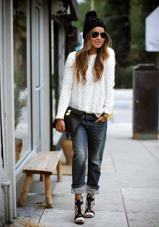 Casual-chic White Jumper with Boyfriend Jeans