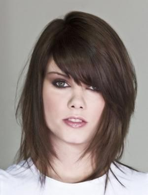 Chopped Hairstyle for Medium Hair