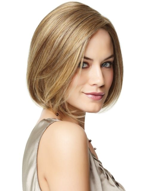 Cool Short Hairstyle for Long Faces