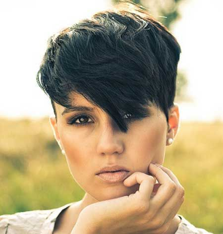 Edgy-chic Short Hairstyle for Thick Hair