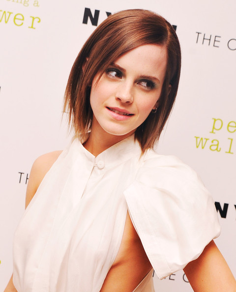 Emma Watson Layered Medium Haircut