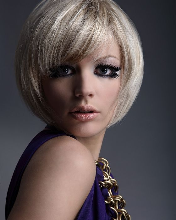 Fabulous Short Hairstyle for Thick Hair