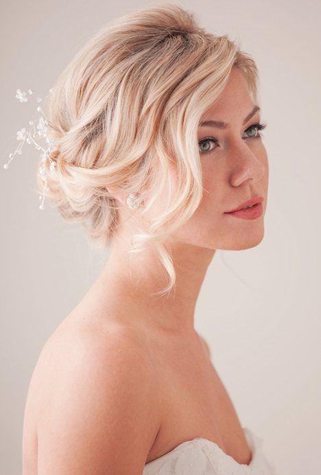 Stunning Bridesmaid Hairstyle for Medium Hair