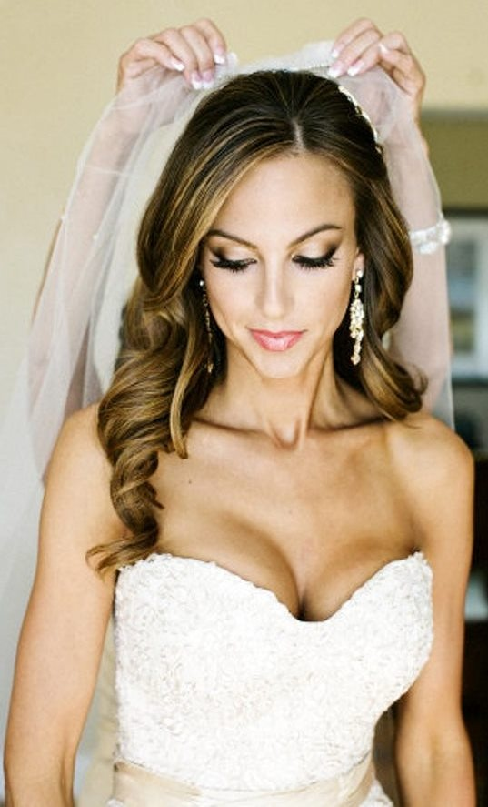 Great Long Curly Wedding Hairstyle