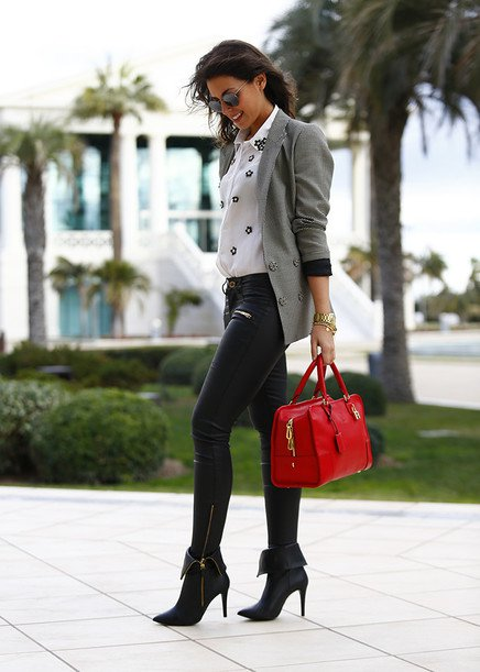 Grey Blazer Outfit Idea for Fall