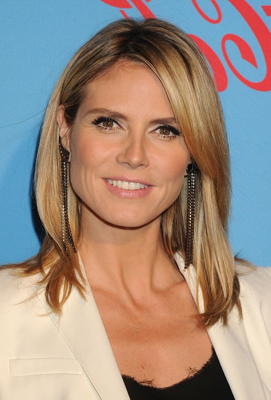 Heidi Klum Latest Hairstyle with Long Layers for Winter