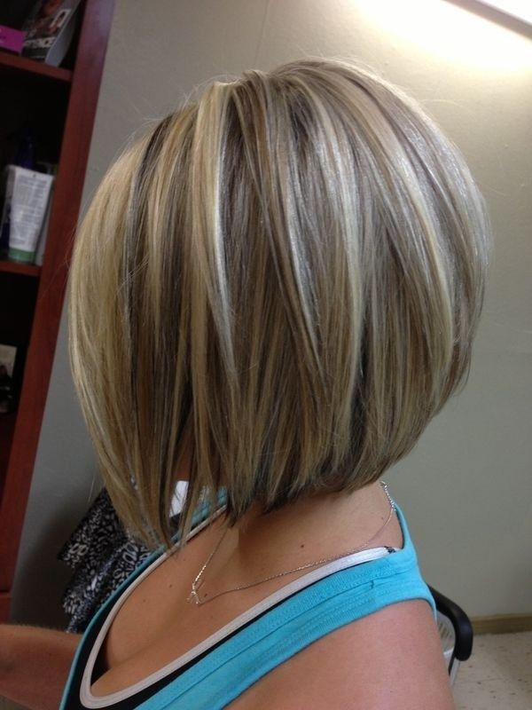 Layered Medium Straight Haircut