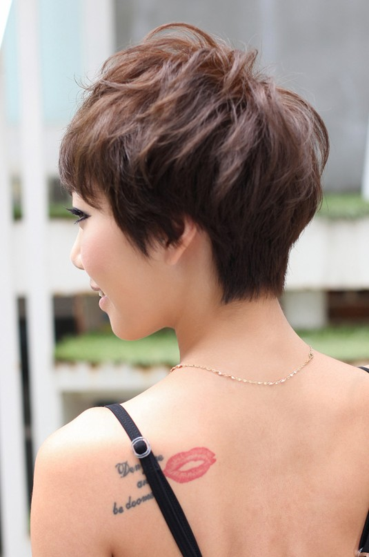 Short layered pixie haircut