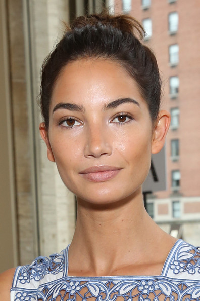 Lily Aldridge Top Knot