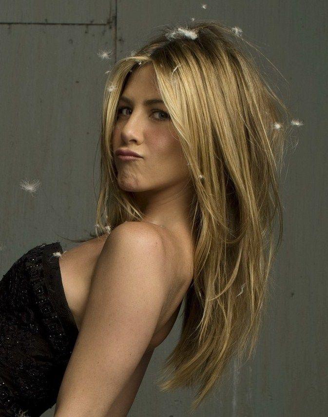 Long haired blonde cherishes having huge toys rub against her walls 10