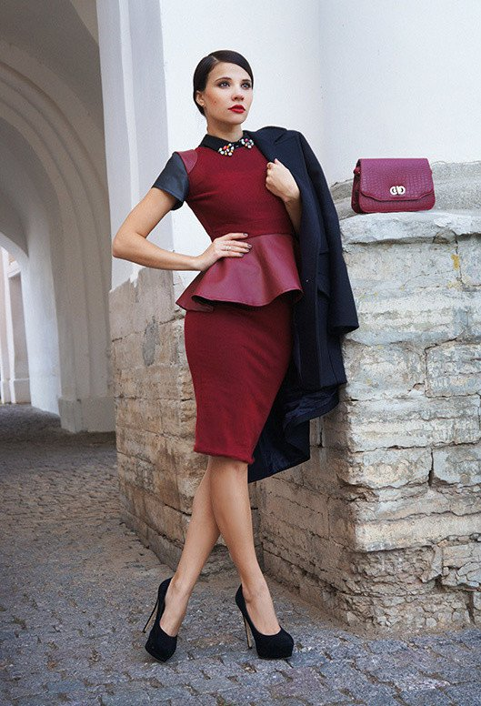 Maroon Outfit Idea For Fall