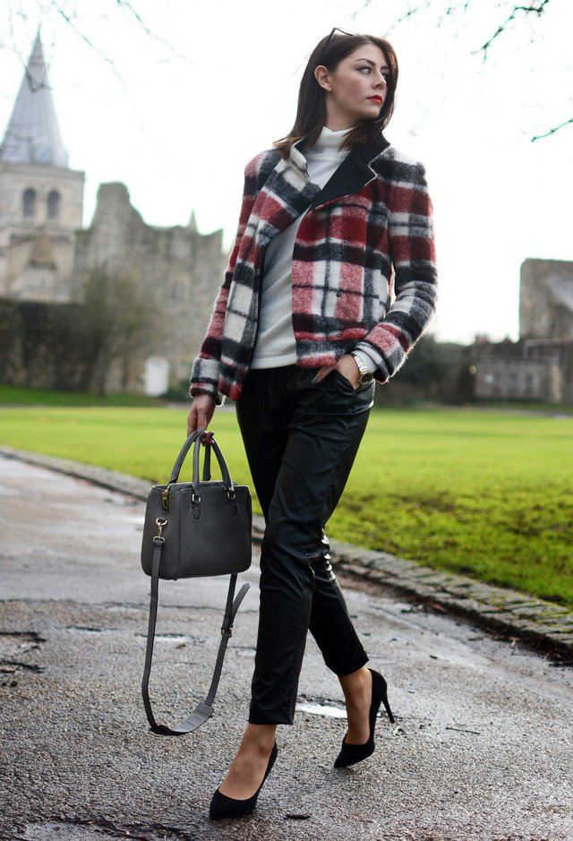 Plaid Blazer Outfit for Work