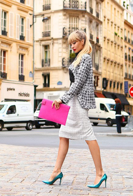 Plaid Blazer Outfit with a Fuchsia Clutch