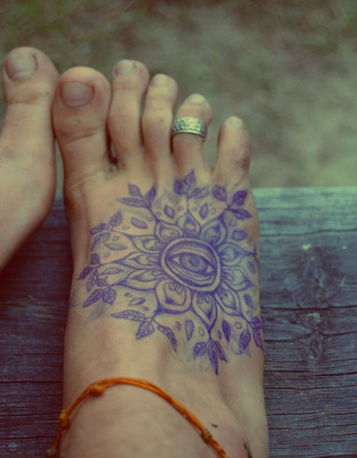 15 Foot Tattoo Designs For Women  Pretty