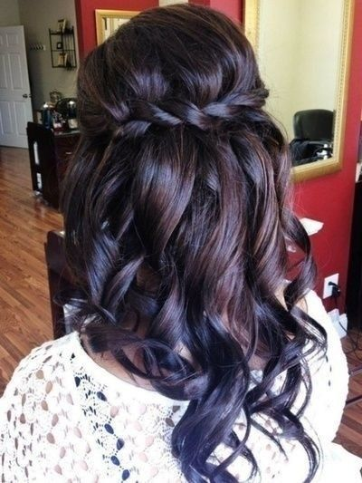 Pretty Bridesmaid Hairstyle for Long Hair