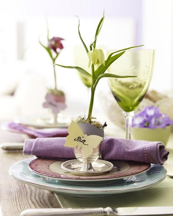 Pretty Flower for Dinning Table