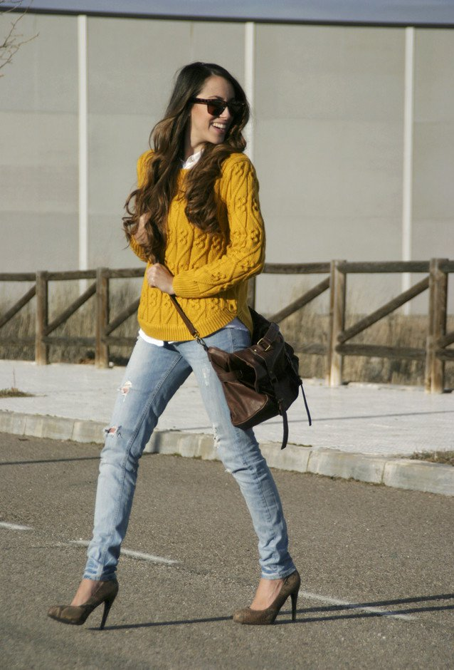 Pretty Jumper Outfit with Jeans