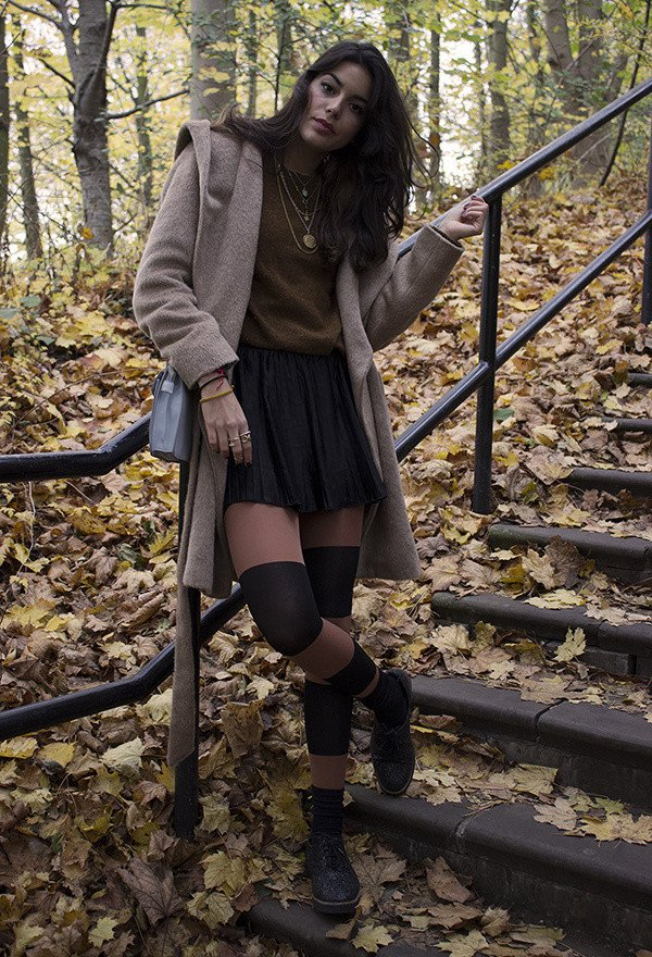 Pretty Outfit Idea for Fall