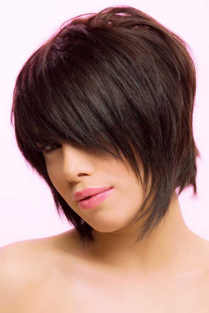 Pretty Short Layered Bob Hairstyle