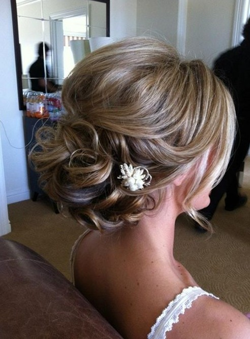 20 gorgeous messy wedding updos pretty designs romantic updo for wedding junglespirit Images