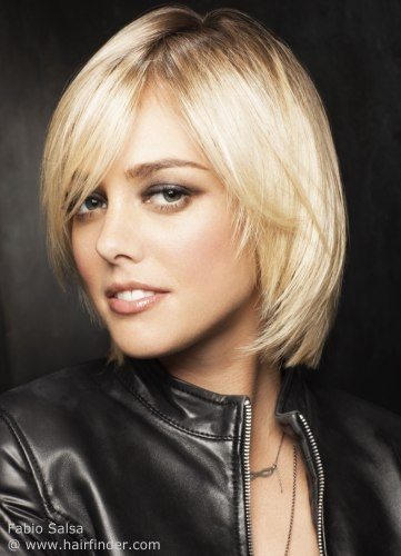 Short Layered Bob Hairstyle for Long Faces