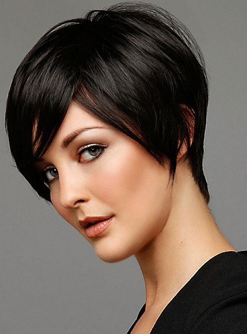 Short Straight Hairstyle for Long Faces