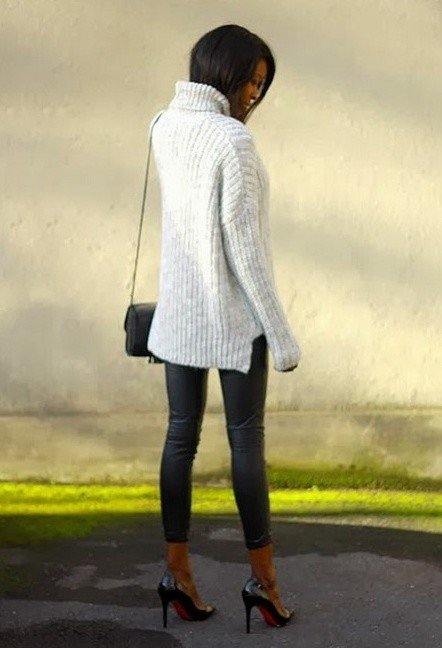 Simple Turtlenecks Outfit for Winter