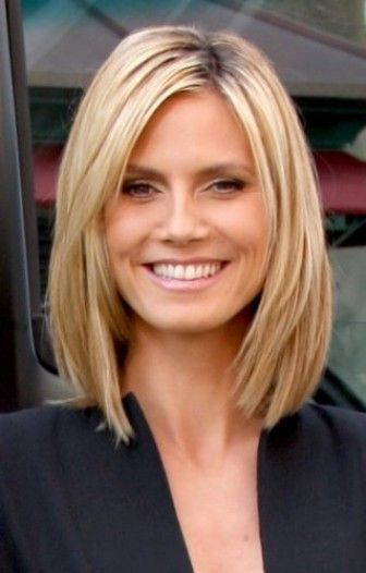 Sleek Medium Layered Hairstyle