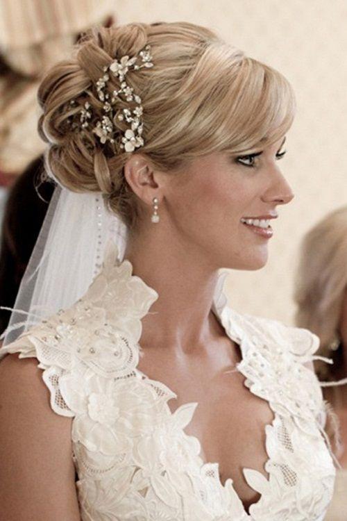 Glamorous Wedding Hairstyle for Medium Hair