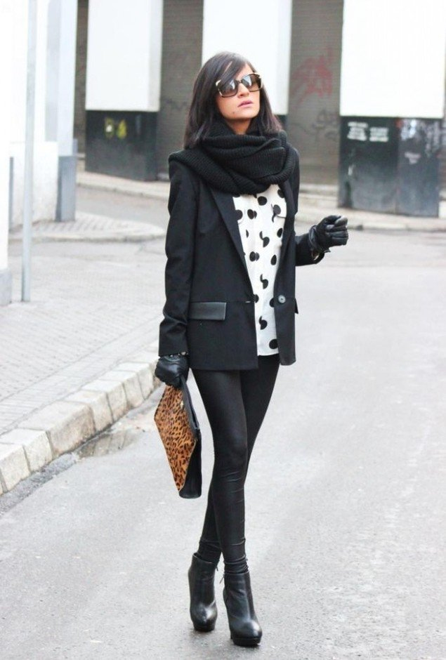 Stylish Office Look with A Scarf